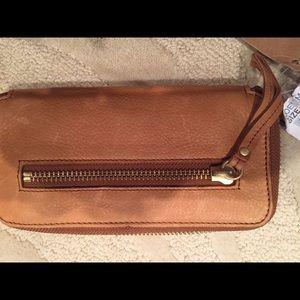 Linea Pelle Leather Wallet